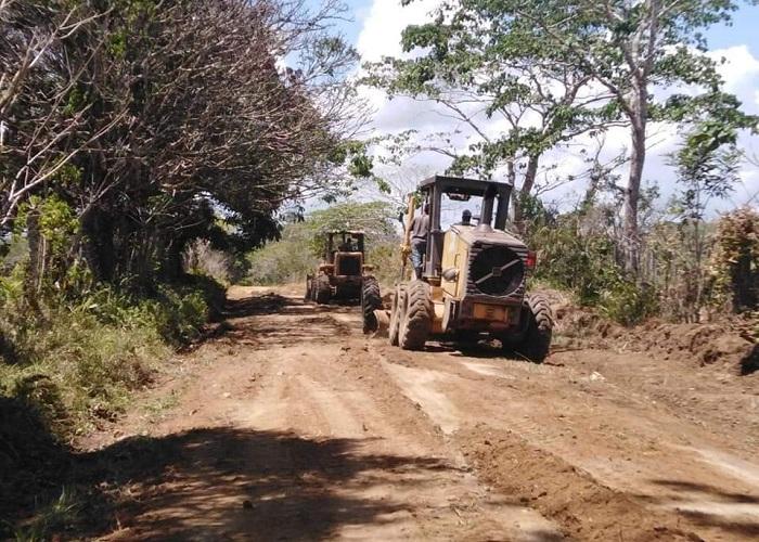 Mantenimiento carretera Arenita